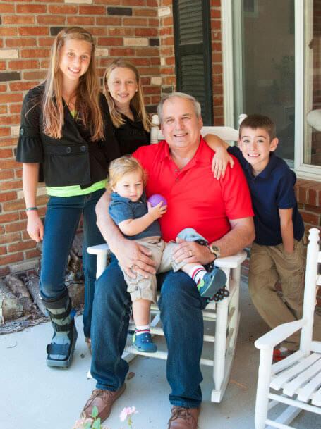 Mike Kanuszewski and his grandchildren